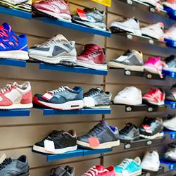 VARIO Warenwirtschaftssystem unterstütz Varianten für die Sportartikel-Branche