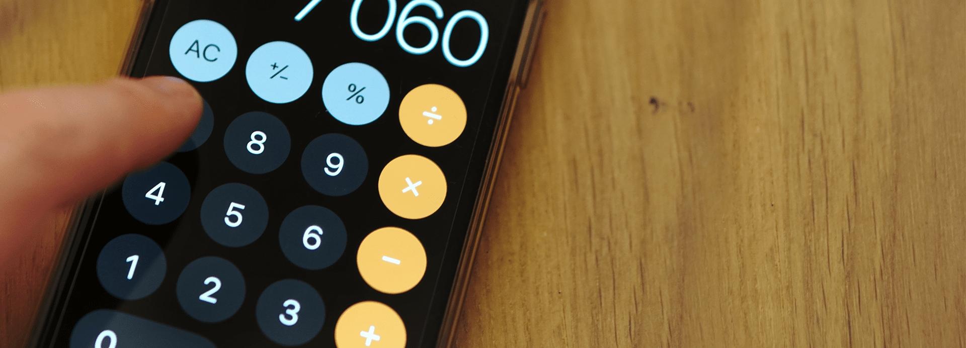 Kosten rechnen auf Taschenrechner