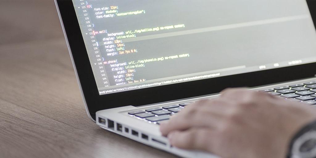 Individuelle Programmierung und Anpassung des VARIO ERP nach Kundenwunsch.