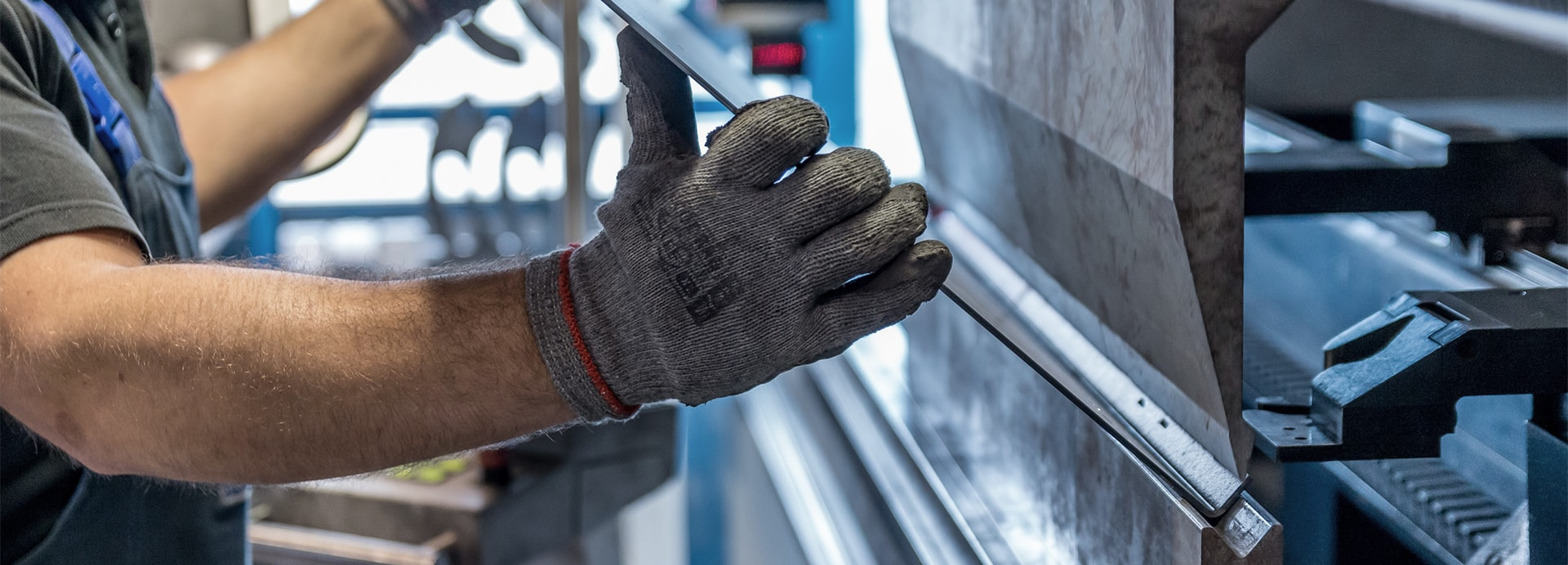 Rohrbieger in Produktionsunternehmen