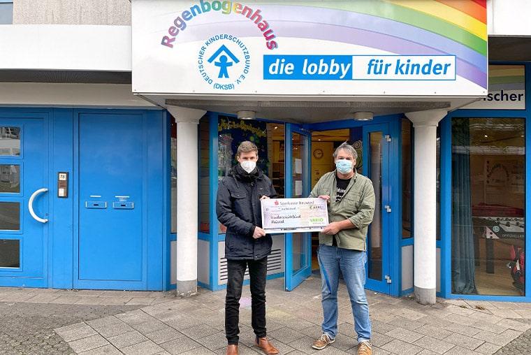 Spendenübergabe von VARIO an den Kinderschutzbund Neuwied
